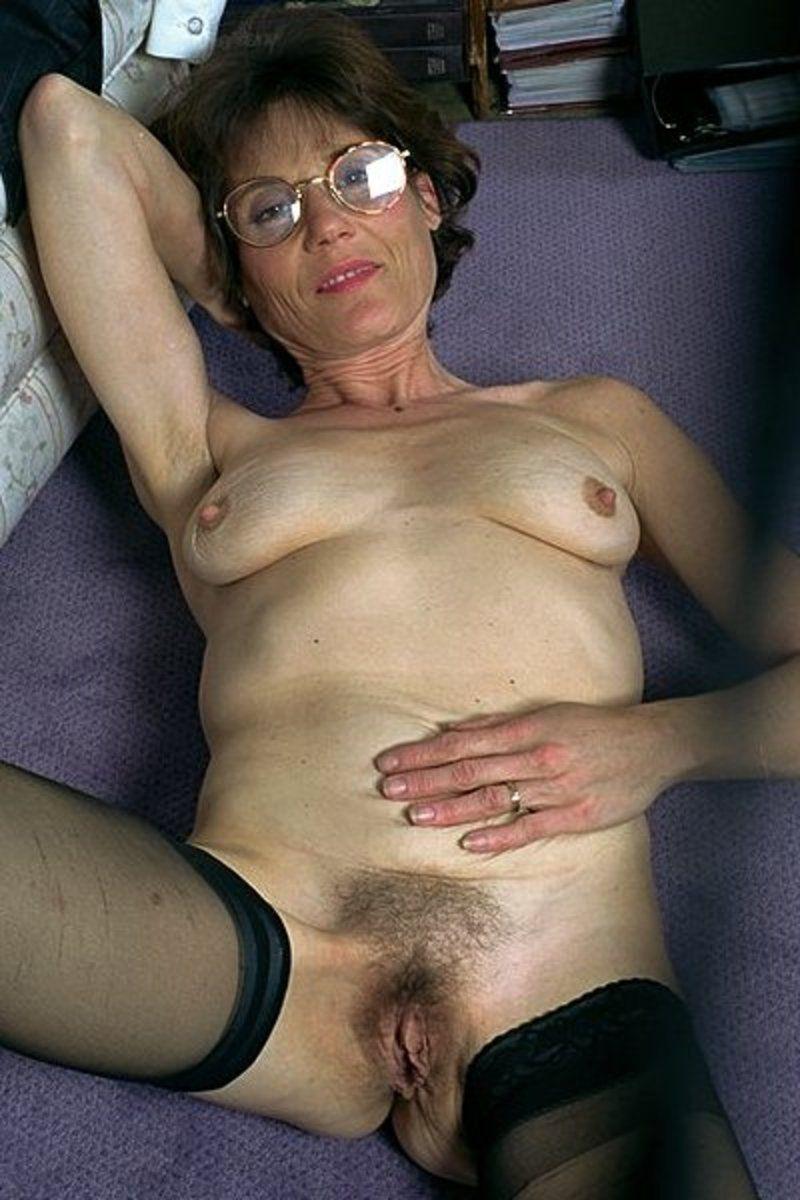 sexy torture mamie à poil